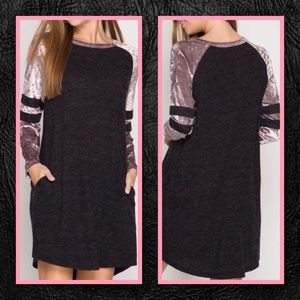 SZ L LAST 1🆕 Velvet Sleeve Raglan Shift Dress